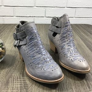 Caterpillar Shoes - Caterpillar | Cheyenne Grey Leather Ankle Boots
